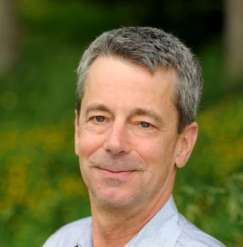 headshot of Peter Jewett