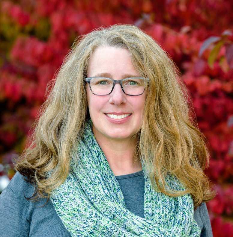 Amanda Meugniot Headshot